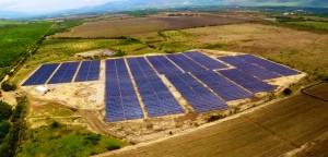 Vista aerea de la planta solar GRS en Guatemala